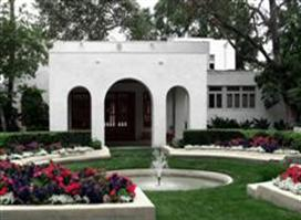 Clarke Estate Is Open For Tours Tuesdays Fridays And The First Sunday Of Month 11 M 2 P